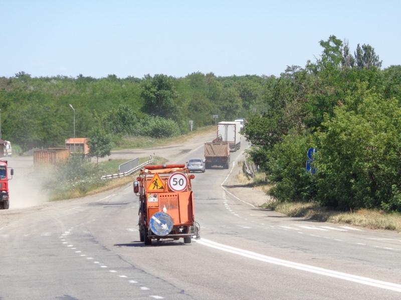 Стало известно, кто будет наносить дорожную разметку на дорогах Николаевской области