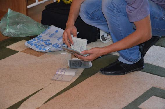 В Николаеве задержали шантажистку – вымогала деньги у полицейских!