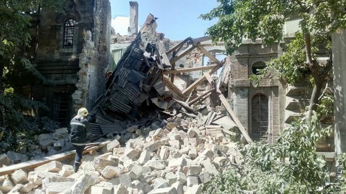 В Одессе рухнул знаменитый Масонский дом. Под завалами могут быть люди