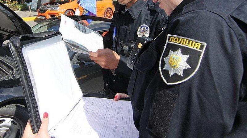 На Николавщине полицейские вернули несовершеннолетнюю к опекунам