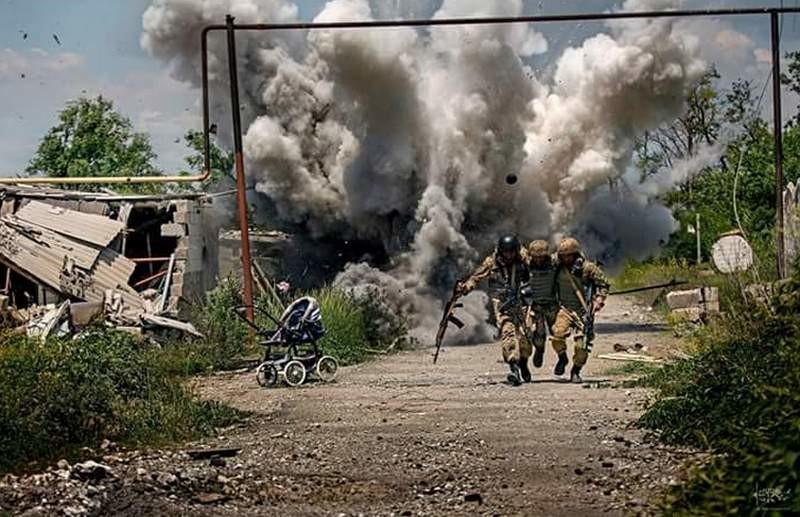 Министр обороны уволил Дмитрия Муравского, фото которого из зоны АТО всколыхнули Интернет, с должности советника