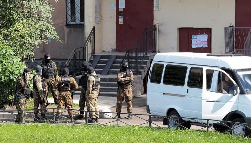 Силовики РФ штурмовали тррористов. Все о стрельбе и взрывах в Санкт-Петербурге