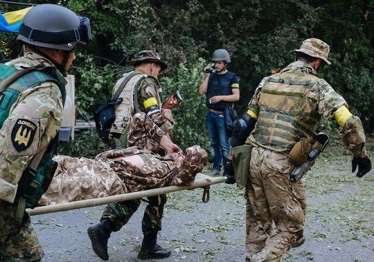 В зоне АТО за минувшие сутки двое украинских военных погибли, четверо получили ранения