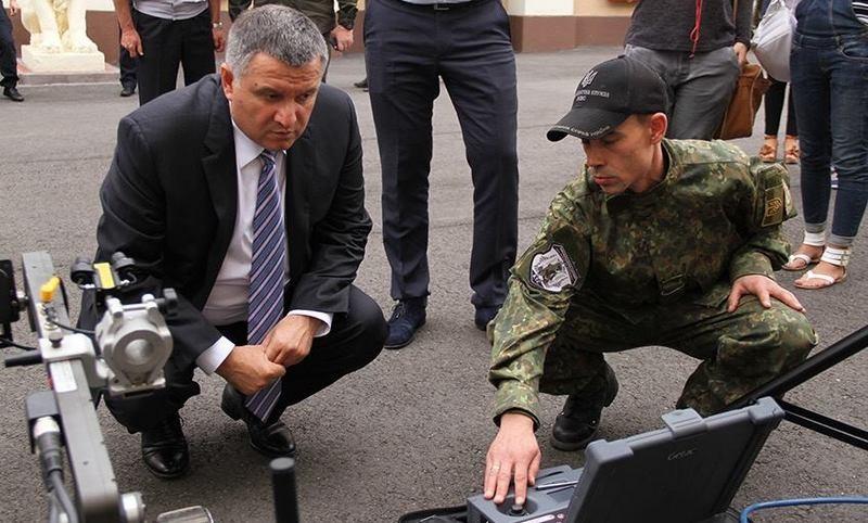 Холодницкий: Фамилии Авакова в деле о рюкзаках не будет
