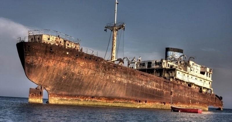 Бермудский треугольник отпустил корабль, пропавший 90 лет назад