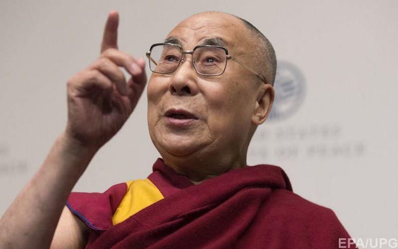 Далай-лама получил прививку от COVID-19 вакциной Covishield (ВИДЕО)