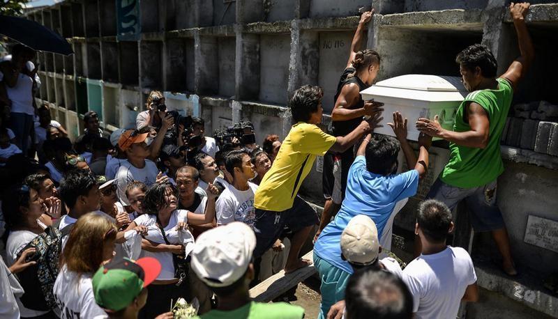Внесудебные казни наркодилеров на Филиппинах: за месяц убито 800 человек