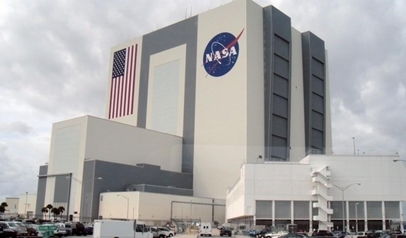 NASA объявило конкурс на идеи систем для разгрузки лендера на Луне