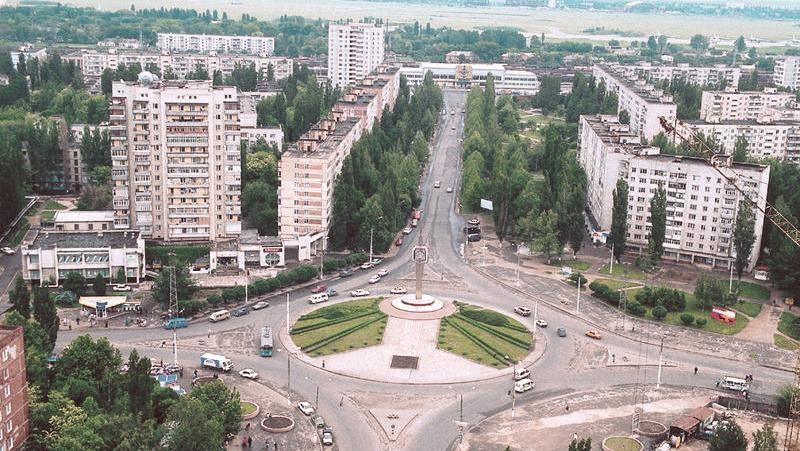 В Николаеве двое малолетних детей после смерти матери оказались брошенными на произвол судьбы