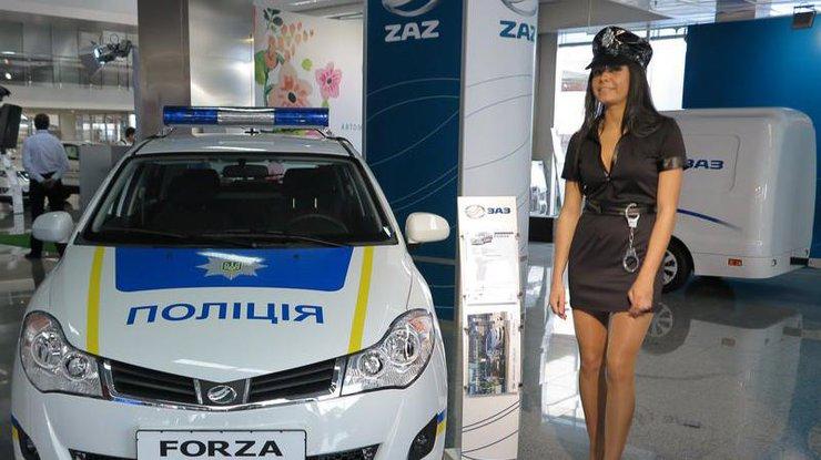 """""""Японцев"""" уже разбили? Украинская полиция пересядет на ZAZ Forza и ZAZ Vida"""