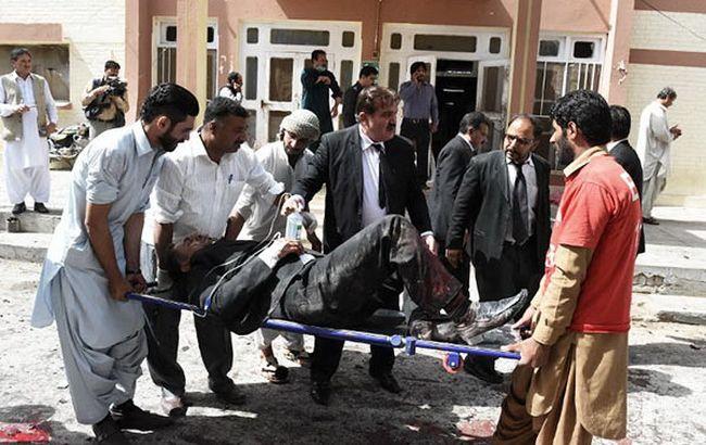 В результате взрыва в Пакистане погибли уже 93 человека