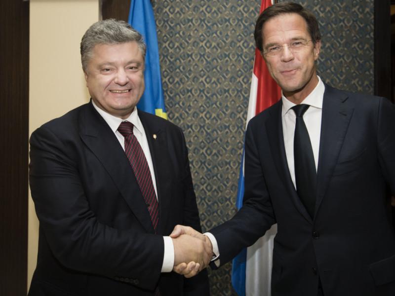 Премьер Нидерландов высказался за безвиз для украинцев