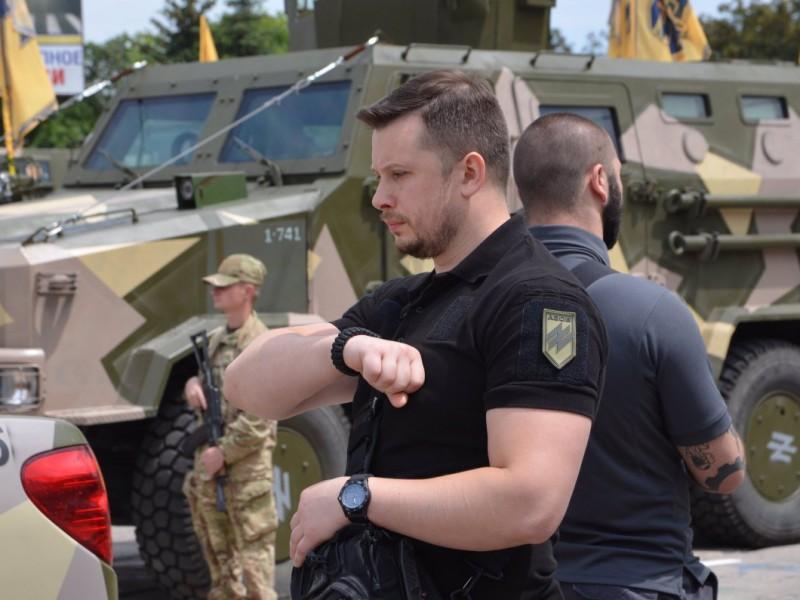 """«Мы не за такую Украину погибали». Полк """"Азов"""" заявил о создании новой партии"""