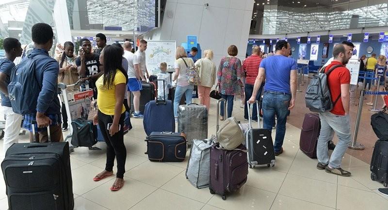Аэропорт Гамбурга закрыли из-за 50 пострадавших от ядовитого газа