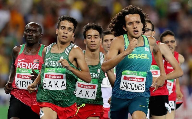 Четверо паралимпийцев пробежали 1,5 км быстрее, чем чемпион Олимпиады в Рио
