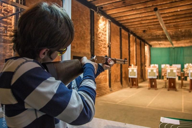 Праздновали сдачу ВНО. Под Киевом 15-летняя школьница застрелила парня (ФОТО)
