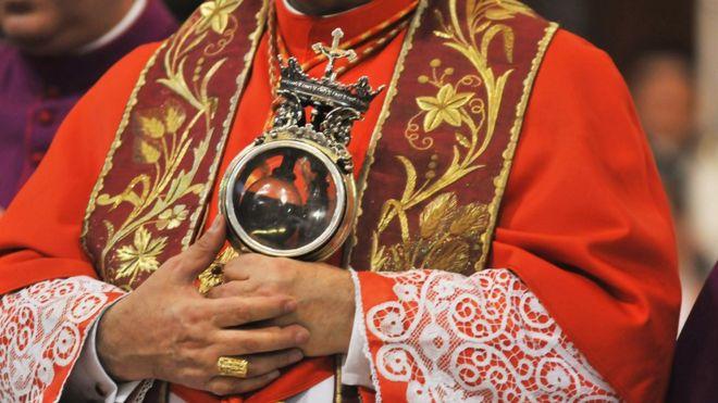 Ватикан хочет отлучать от церкви коррупционеров и членов мафии