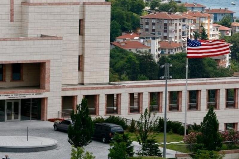 Чтобы все были живы: семьям американских дипломатов дали указание покинуть Стамбул
