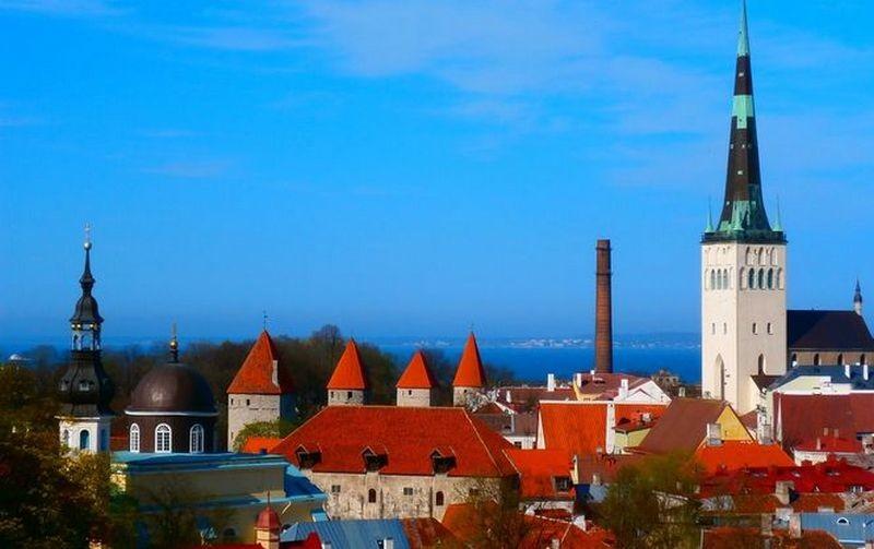 В Эстонии за год вдвое возросло количество рабочих из Украины
