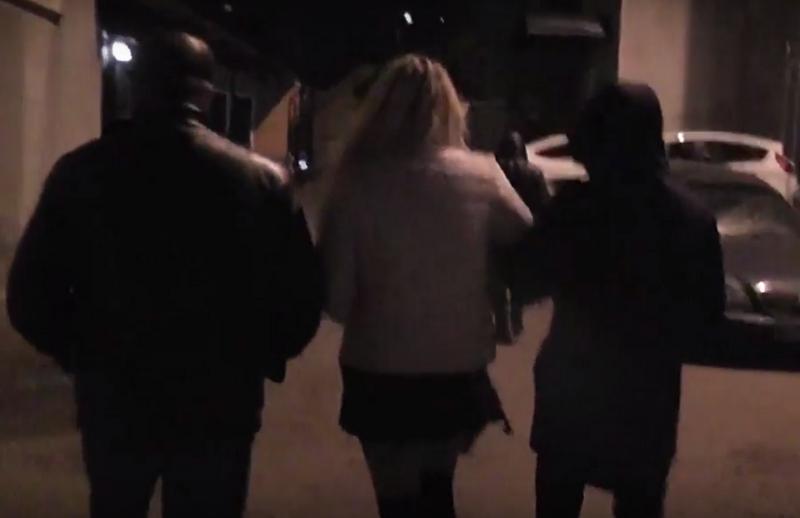 Николаевские полицейские задержали администратора гостиницы, которая вызывала проституток для посетителей