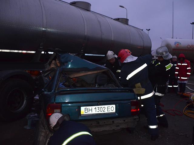 Водителю бензовоза, в ДТП с которым погибли четверо военных под Николаевом, сообщено о подозрении