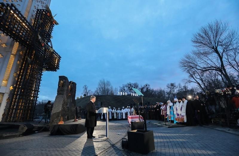 Чтобы помнили. Порошенко инициирует создание музея памяти жертв Голодомора