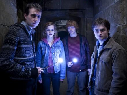 """Восемь частей """"Гарри Поттера"""" перемонтировали в полуторачасовое видео"""