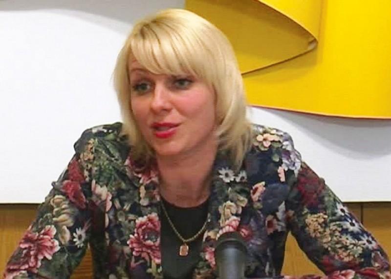 Экс-секретарь Первомайского горсовета Саблина объяснила свою отставку угрозами семье