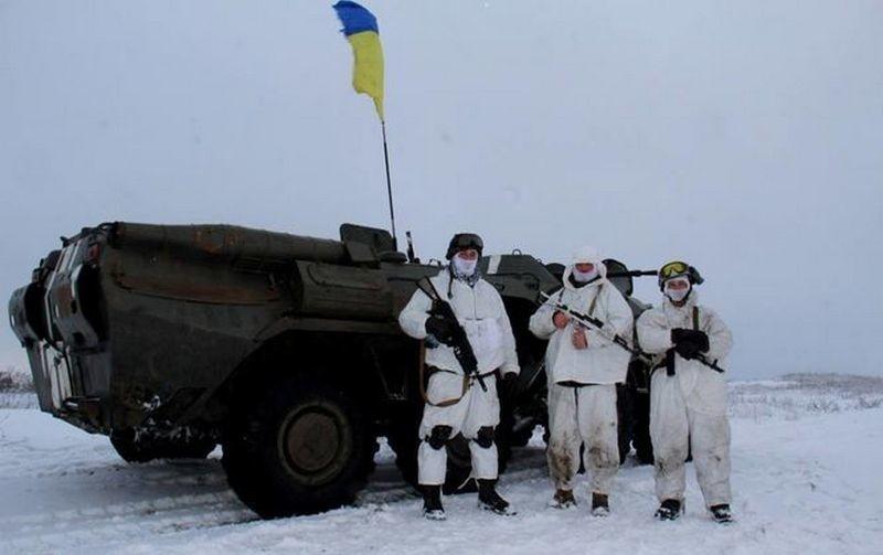 Боевики обстреляли автомобиль под Катериновкой: один военнослужащий погиб, четверо ранены