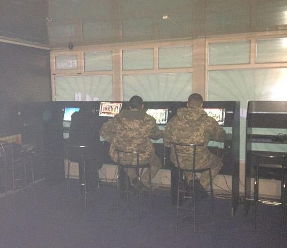 За выходные игровые залы на Николаевщине, маскирующиеся под Интернет-клубы, приказали долго жить
