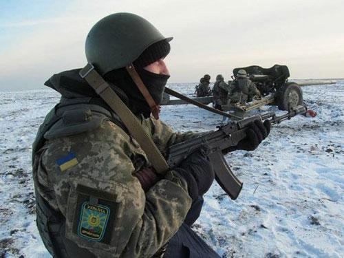 Вследствие обстрелов в зоне АТО ранены двое украинских бойцов