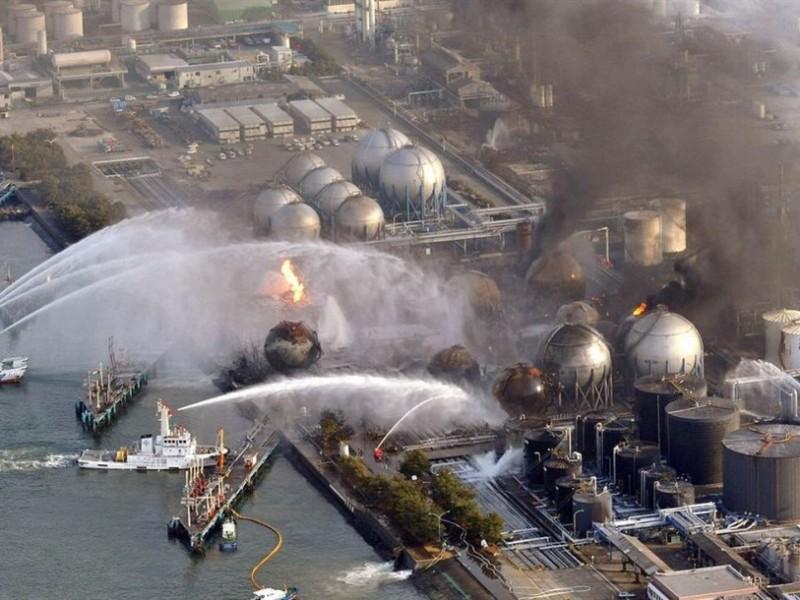 Япония сольет в море радиоактивную воду с АЭС Фукусима