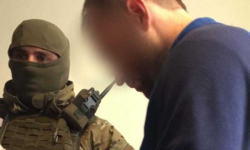 В Полтаве сбежал разыскиваемый по всему миру организатор киберпреступной группы Avalanche, – полиция