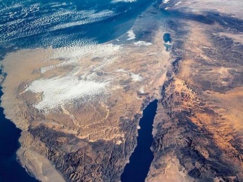 Для спасения Мертвого моря от обмеления будет построен канал из Красного
