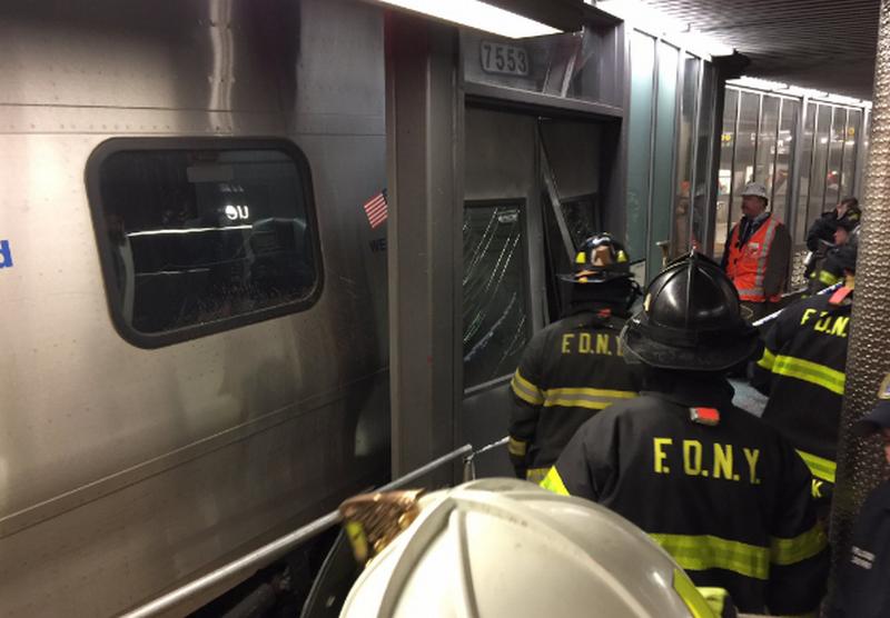Количество пострадавших от сошедшего с рельсов поезда в Нью-Йорке возросло до 103