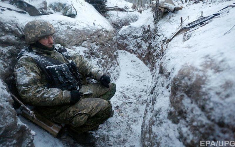 Боевики 28 раз обстреляли позиции сил АТО, двое военных ранены