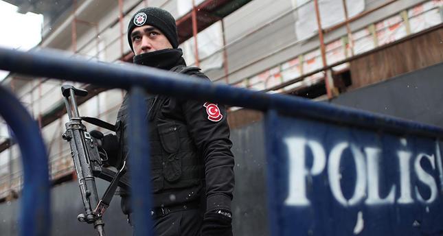 Теракт в Стамбуле: полиция задержала 8 подозреваемых, но исполнитель до сих пор на свободе