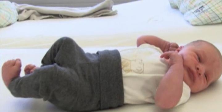 Исландия – страна традиций: первого ребенка в этом году родила женщина, тоже ставшая первым ребенком года в свое время