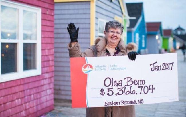 Жительница Канады выиграла в лотерею почти $4 млн. Эту комбинацию цифр она увидела во сне