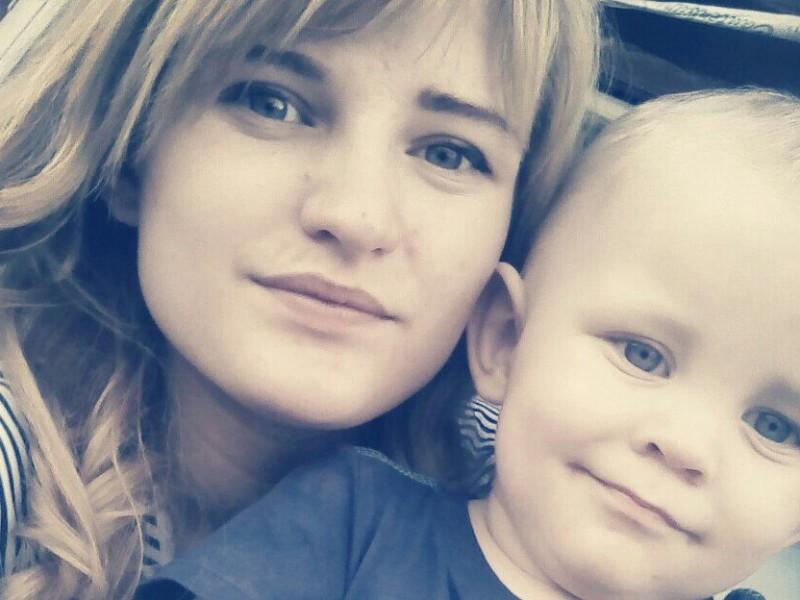 Суд арестовал уроженку Николаева, бросившую детей на 9 дней одних в квартире ради любовника