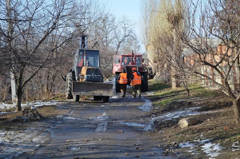 Текло обильно, но справились: «Николаевводоканал» за несколько часов устранил серьезную утечку в районе ул.Казарского
