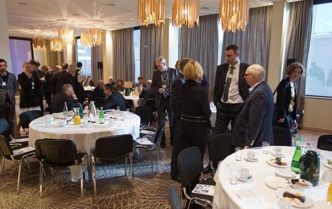 Об РФ и Трампе. Украинский завтрак в Давосе. Пинчук отказался комментировать свою статью
