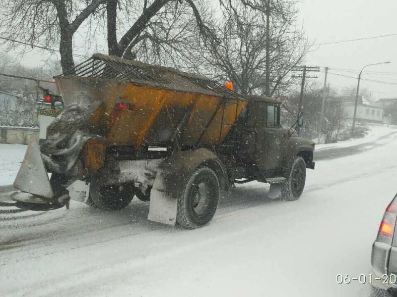 Официально. В Николаевской области дорожные организации переведены на круглосуточный режим работы