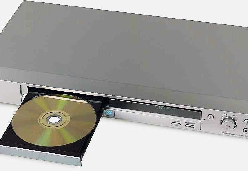 Sony спишет $1 млрд из-за уменьшающегося рынка DVD