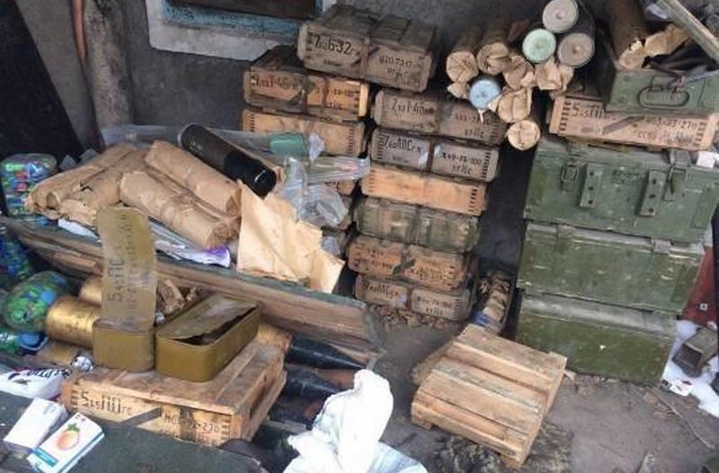 Схрон с огромным количеством боеприпасов обнаружили в зоне АТО