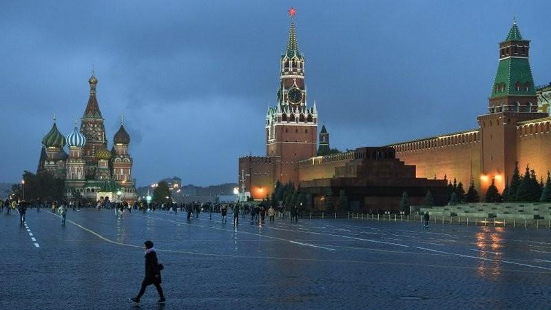 В ответ на санкции. РФ высылает 10 сотрудников посольства США