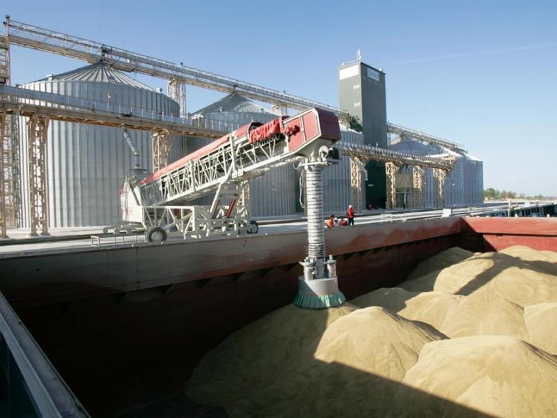 В Николаевском морском порту зафиксировали перевалку миллионной тонны в новом году