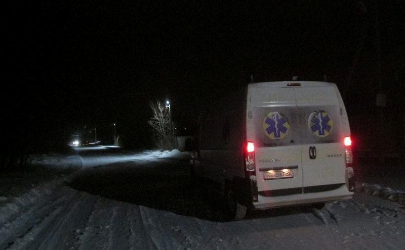За первую ночь снежного циклона активисты вытащили из заносов 10 «скорых»