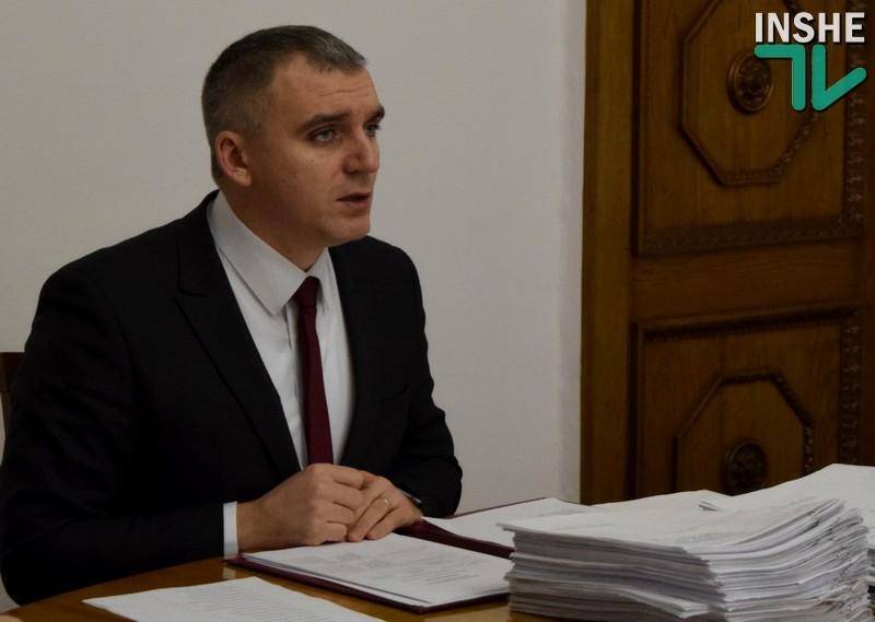 Мэр Николаева говорит, что не готов пока идти на уступки маршрутчикам
