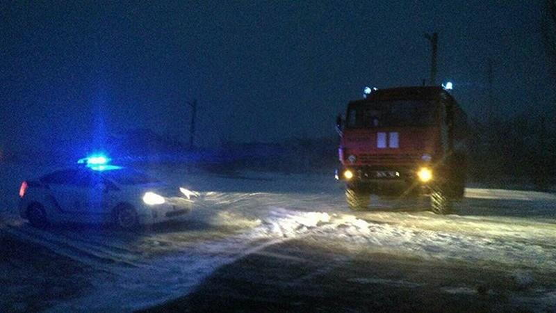 Спасатели открыли пункт обогрева на трассе Н-11 в Николаевской области и организовали мобильные патрули